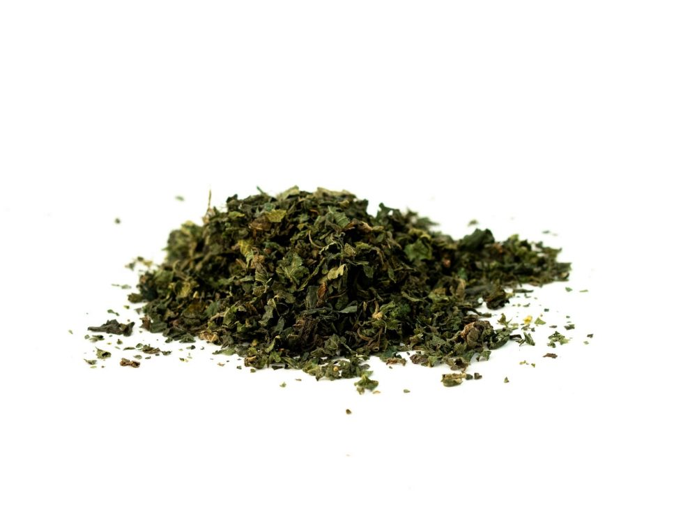 nettle leaf cut and sifted